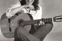 1979 Nog 'n foto in die reeks vir Rapport - ek en my kitaar was onafskeidbaar